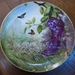 Dish painted flowers and...