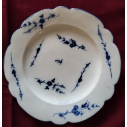 Assiette porcelaine tendre Chantilly